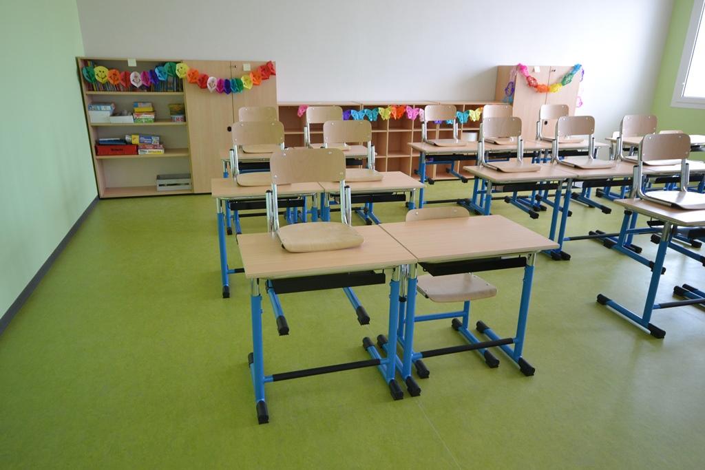 Pavimenti asili scuole universit leef for Scuola arredatore d interni